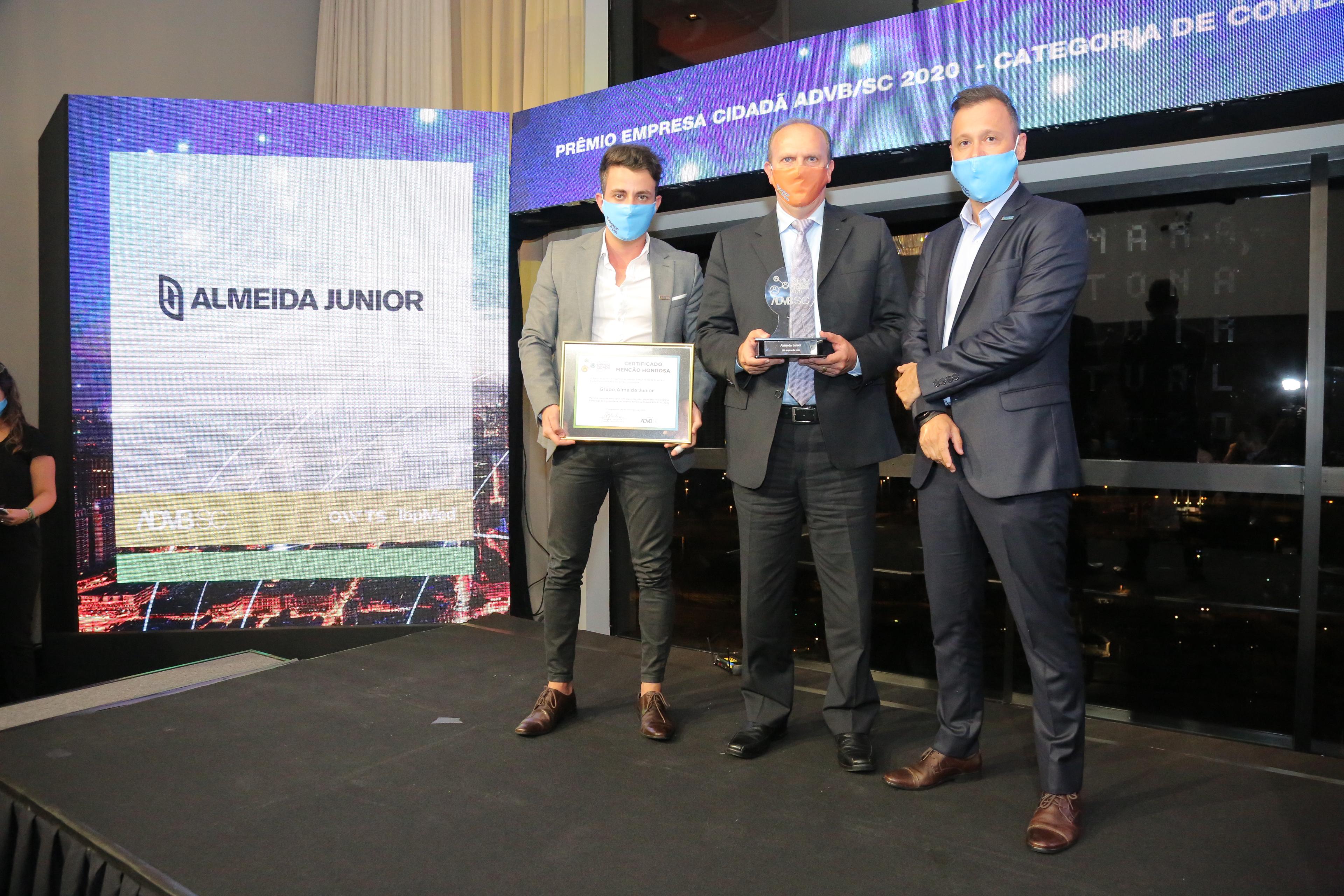 Almeida Junior recebe Prêmio Empresa Cidadã 2020 da ADVB/SC